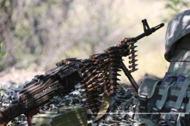 Боевики обстреляли КПВВ «Марьинка» и «Золотое»