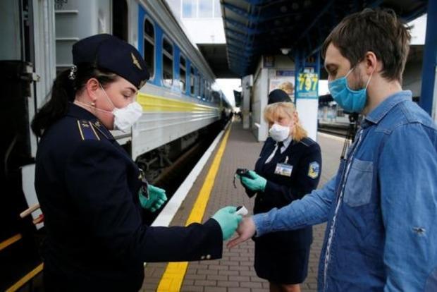 Иван Юрик: Укрзализныця готова уже в августе восстановить полноценное пассажирское сообщение