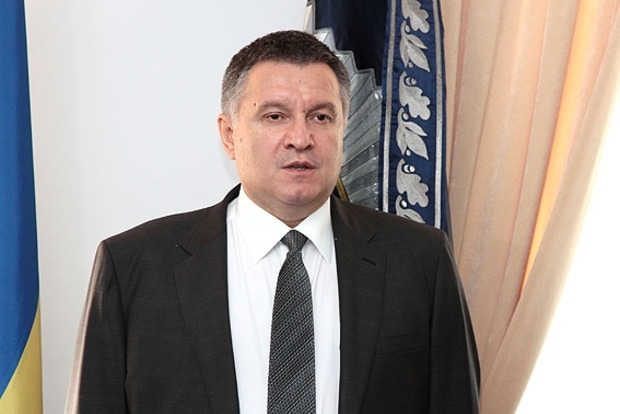 Аваков заверил, что виновные в нападении на синагогу в Умани будут жестко наказаны