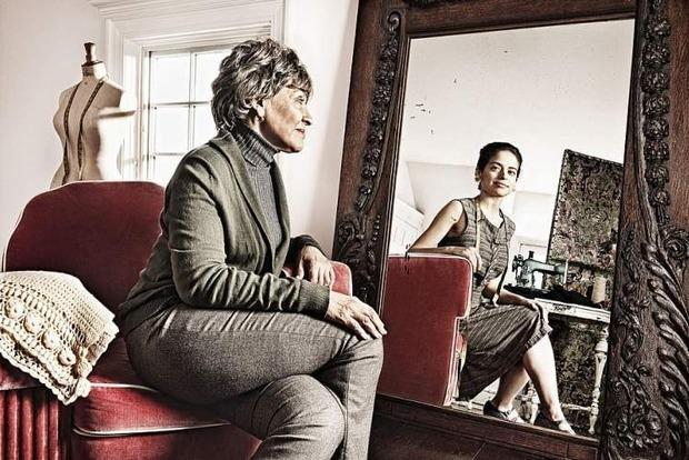 Засуджувати себе, сваритися, спати: чого категорично не можна робити перед дзеркалом