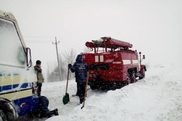 ВОдесской области без электроснабжения остаются 79 населенных пункта— Непогода вУкраинском государстве