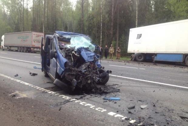 В МИД рассказали детали страшной аварии с украинцами в РФ