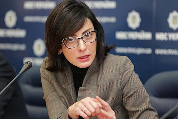 Деканоидзе: Следователей и оперативников в регионах проверят комиссии Нацполиции