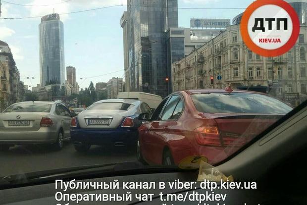Скандальный Rolls-Royce попа УПЦ МП попал в ДТП
