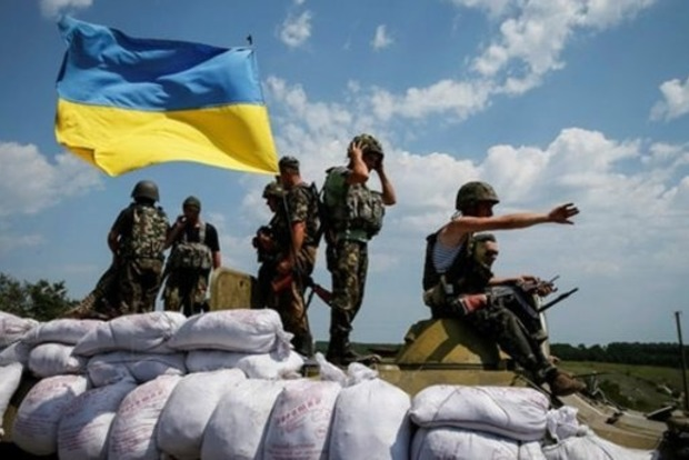 Террористы не прекращают обстрелы на Донбассе, ранен боец ВСУ