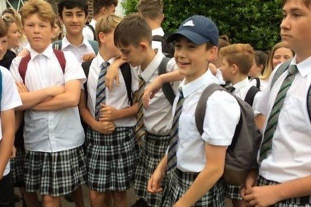 Как британские мальчишки в юбках побороли школьный дресс-код