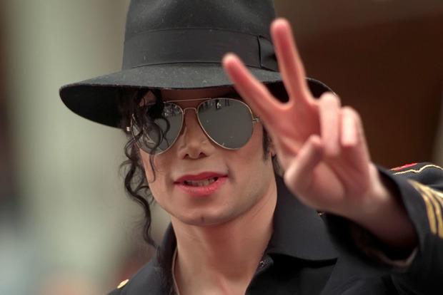 Майкл Джексон возглавил список самых богатых покойных звезд по версии Forbes