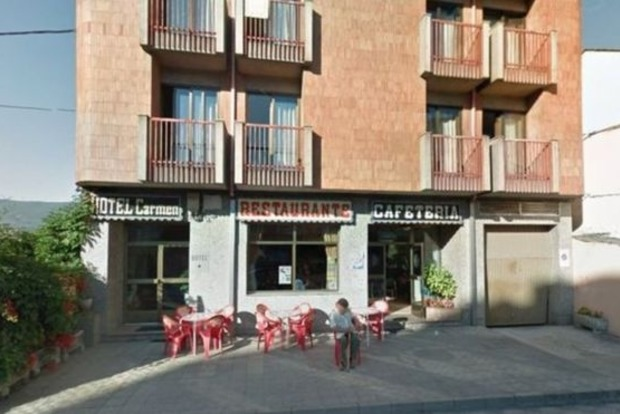 В Испании 120 румынов сбежали из ресторана, не заплатив за обед