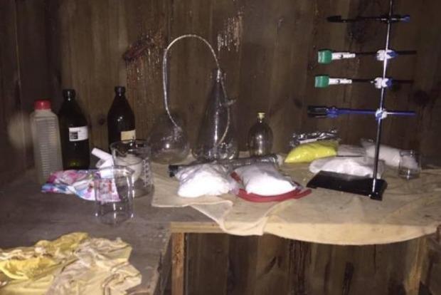 Под Киевом задержали дилеров с партией метадона на миллион гривен