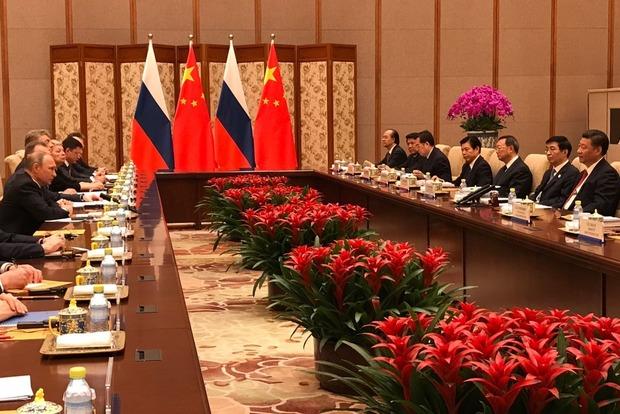 Си Цзиньпин и Путин обеспокоены, что ракета КНДР упала возле России
