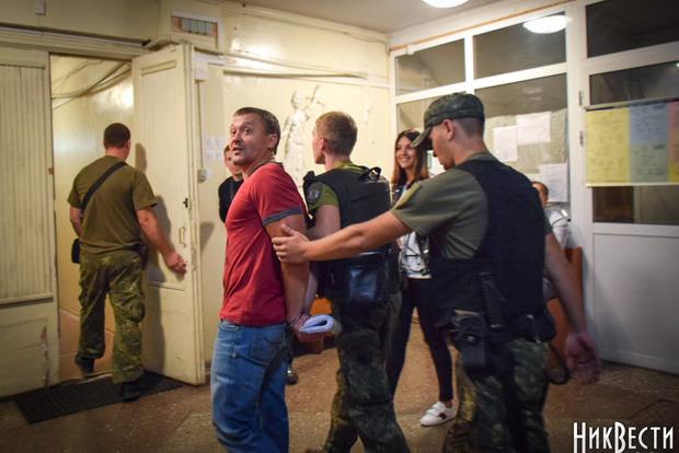 Николаевский криминальный авторитет объявил голодовку после ареста