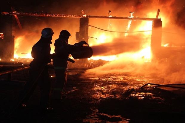 На Одесщине ночью горел склад с тканями