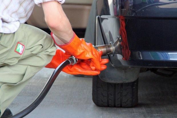 АМКУ проведет расследование роста цены на автомобильный газ