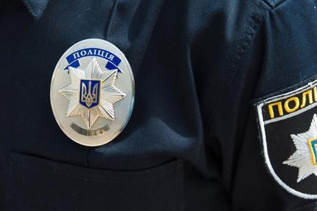 В Тернополе мужчина с ружьем напал на патрульных полицейских