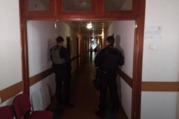 В горсовете Черкасс провели обыски из-за растраты бюджетных средств – прокуратура