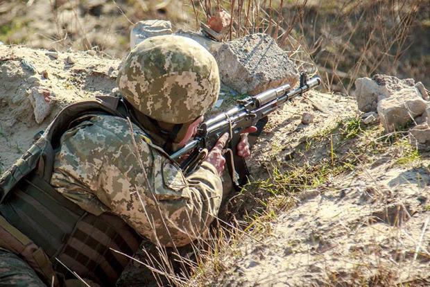 Лейтенанта ВСУ нашли повешенным в лесу в Львовской области