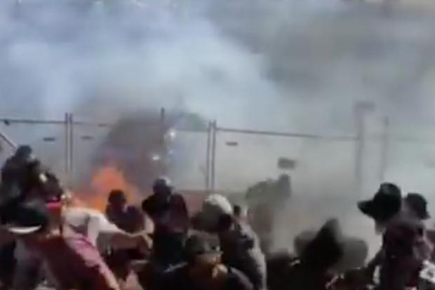 На гонках в Австралии в толпу зрителей распылили горящее топливо