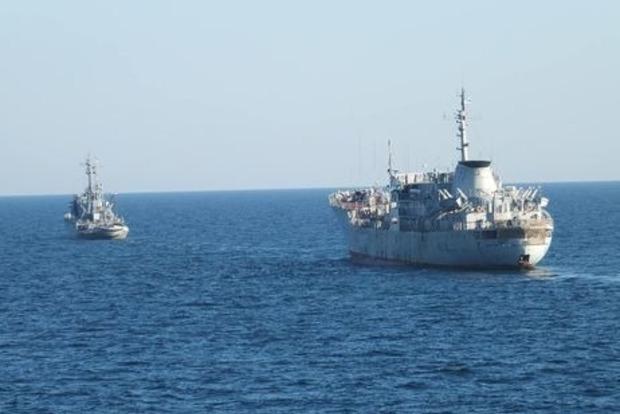 Россияне расставляют мины в Азовском море - штаб ВМС