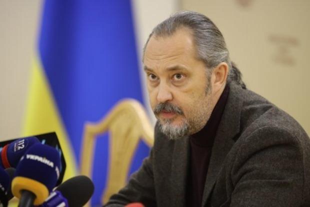 Судья КСУ и глава НАПК поскандалили в прямом эфире: риторика 37-го года
