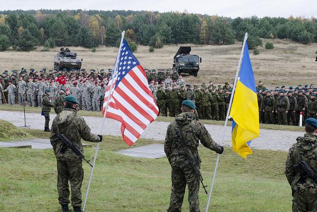 Украина в 2018 году может получить от США летальное оружие