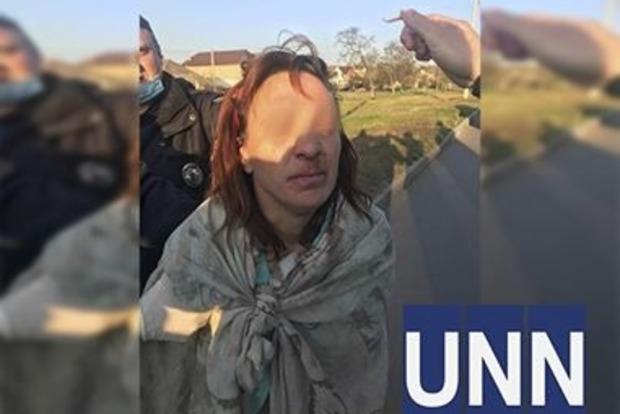 В Харькове на улице задержали голую женщину с отрезанной головой 13-летней дочери