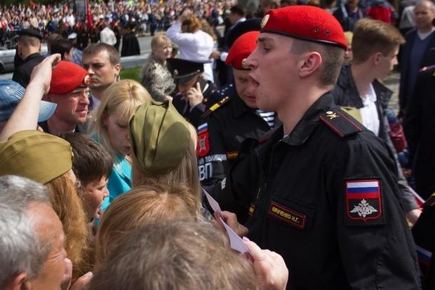 В оккупированном Севастополе устроили драки, чтобы посмотреть «парад»