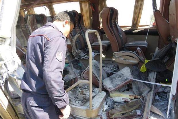 Взрыв в микроавтобусе в Стамбуле: пострадали студенты университета