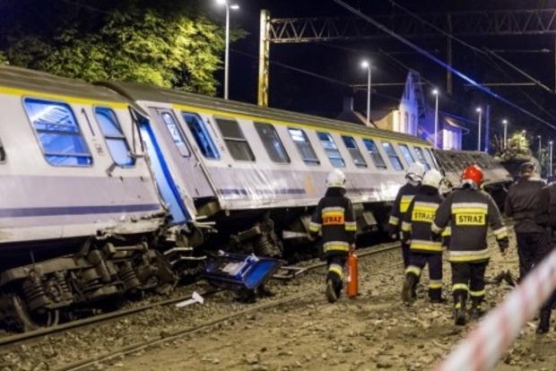 В Польше 28 человек пострадали в результате столкновения поездов