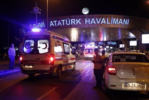 Теракт в аэропорту Стамбула устроили выходцы из России, Узбекистана и Киргизии