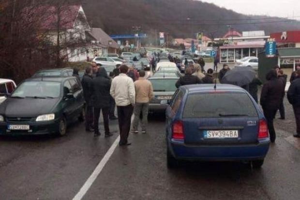 Евробляхеры снова заблокировали несколько КПП