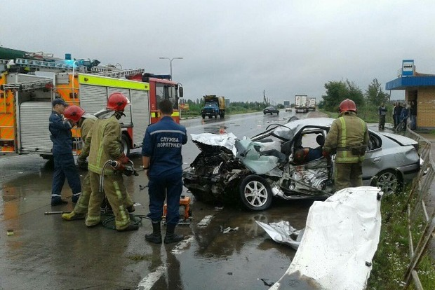 Врезультате ДТП под Житомиром женщина вылетела через ветровое стекло машины