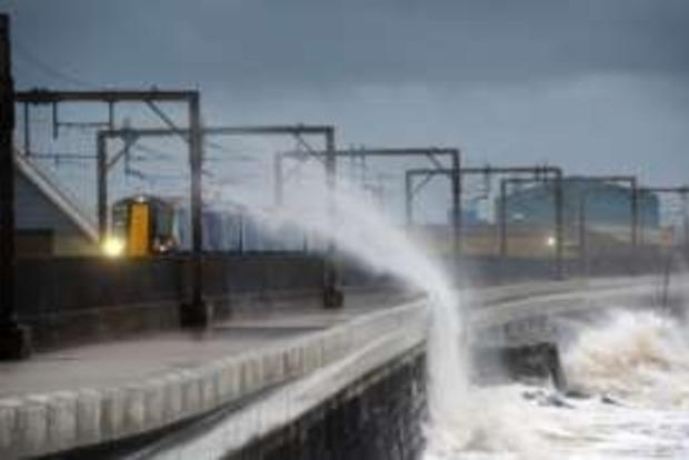 На Шотландию обрушился ураган «Барбара»