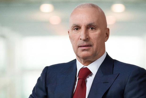 Бизнесмен из Харькова дает $ 999 000 за вакцину от короновируса и открывает антивирусный центр