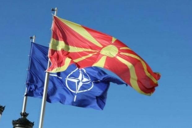 Македонию официально пригласили в НАТО