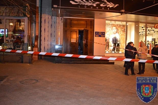 В центре Одессы двое мужчин зарезали друг друга