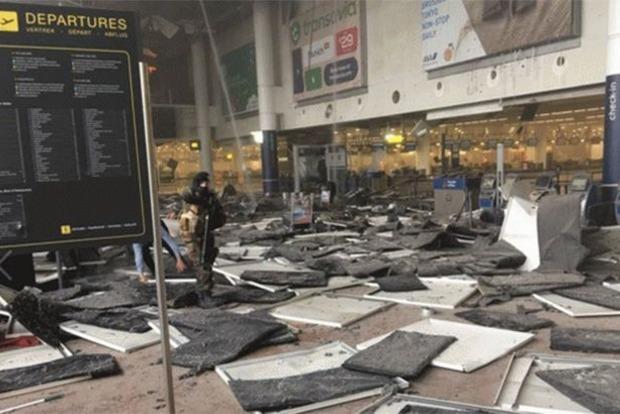 Глава МВД Бельгии: Многие мусульмане танцевали после терактов