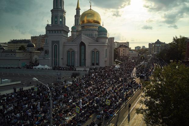 Москва мусульманская. В городе массово отмечают Курбан-байрам