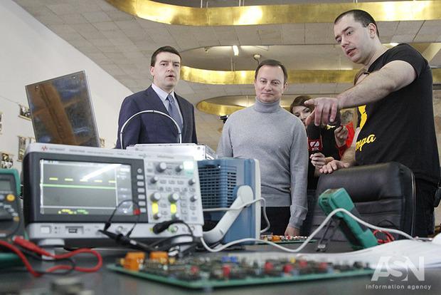 Высокотехнологичную лабораторию электроники и прототипирования открыли в Политехе