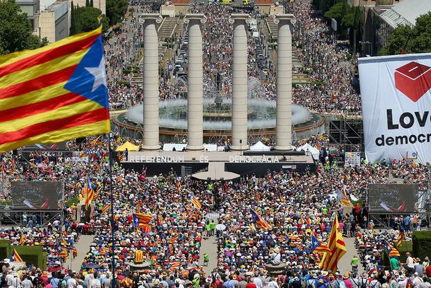 Каталонию хотят наказать за референдум