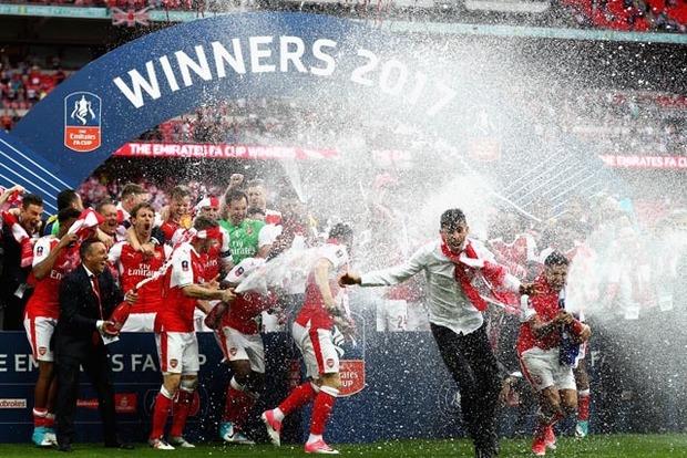 Арсенал выиграл Кубок Англии, победив Челси на «Уэмбли»
