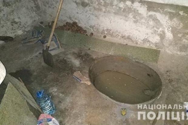 У Миколаївській області хлопець зарізав пенсіонера і закатав у бетон