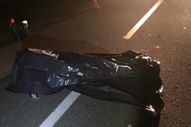 В Киеве автомобиль сбил насмерть девушку и скрылся с места ДТП