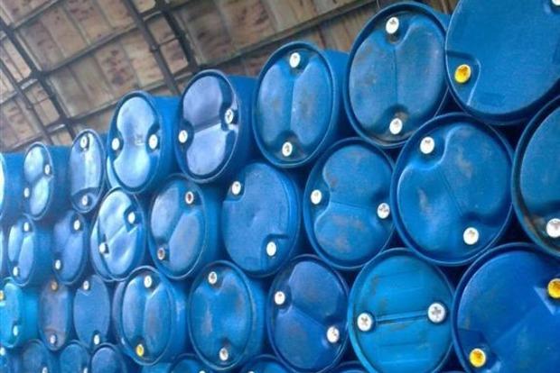 В Днипре 20 тонн спирта пытались замаскировать под очиститель для стекол