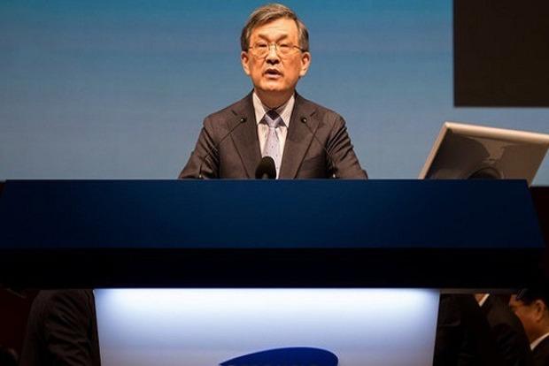 Гендиректор Samsung отправился в отставку