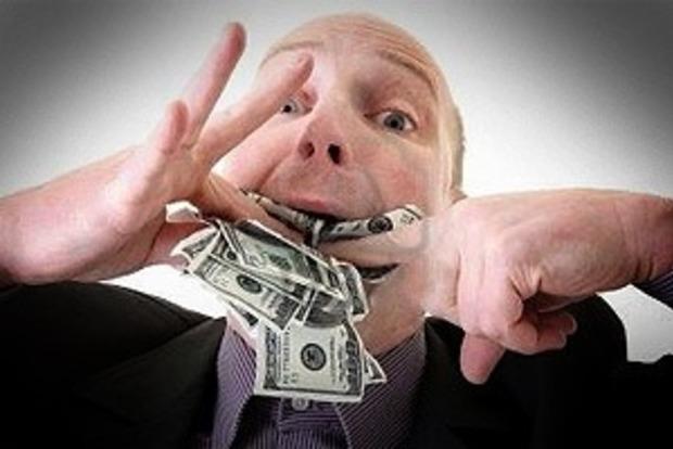 В ободранном Бердичеве чиновники выписывают себе космические премии