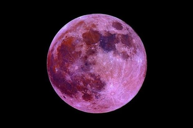 Повнолуння 24 жовтня — найнебезпечніший день в місячному періоді.