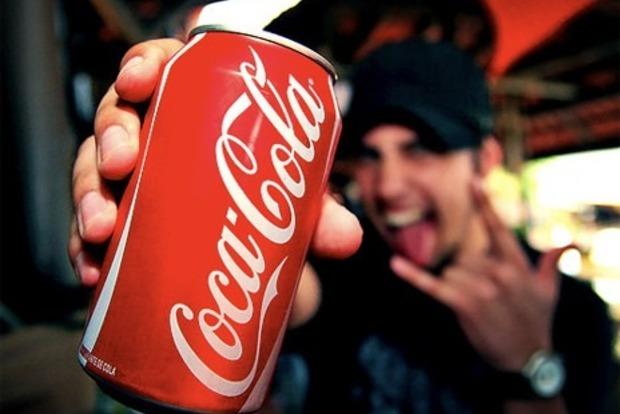 Пейте сами: Прибыль Coca-Cola упала на81%