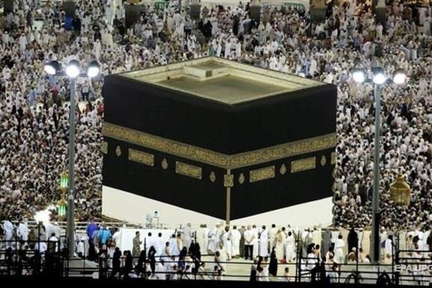 В Саудовскую Аравию съехались почти два миллиона паломников