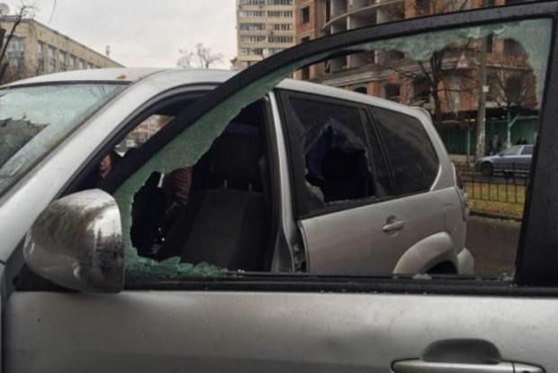 Стрельба в Киеве: пострадал мужчина