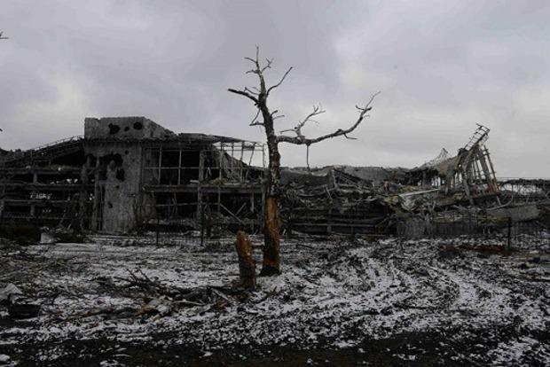 Танцы перед смертью. Боевики устроили пляски на руинах ДАП